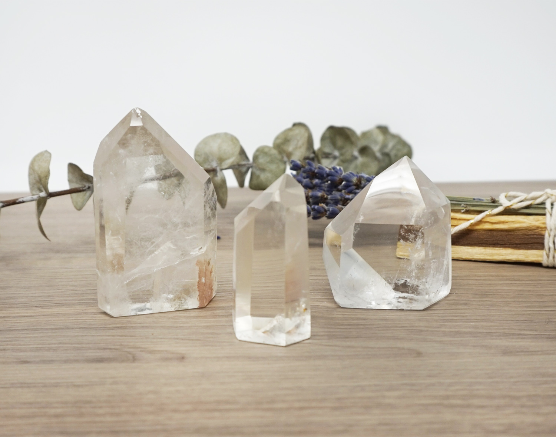 crystal-quartz-point-stones.jpg