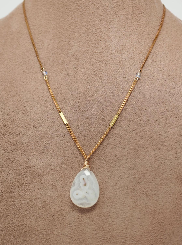 solar-quartz-vintage-necklace2.jpg