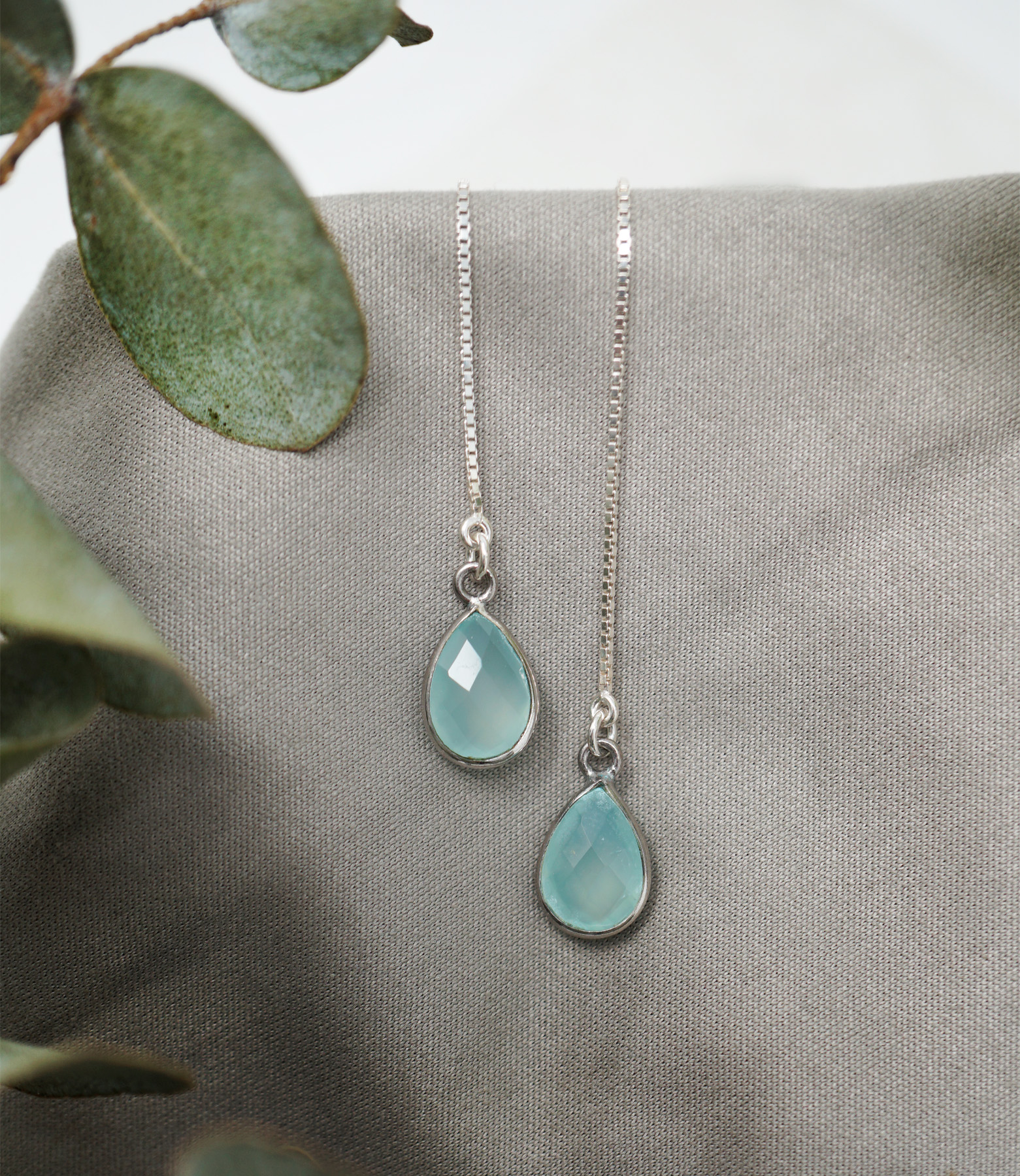 Silver blue chalcedony threaders
